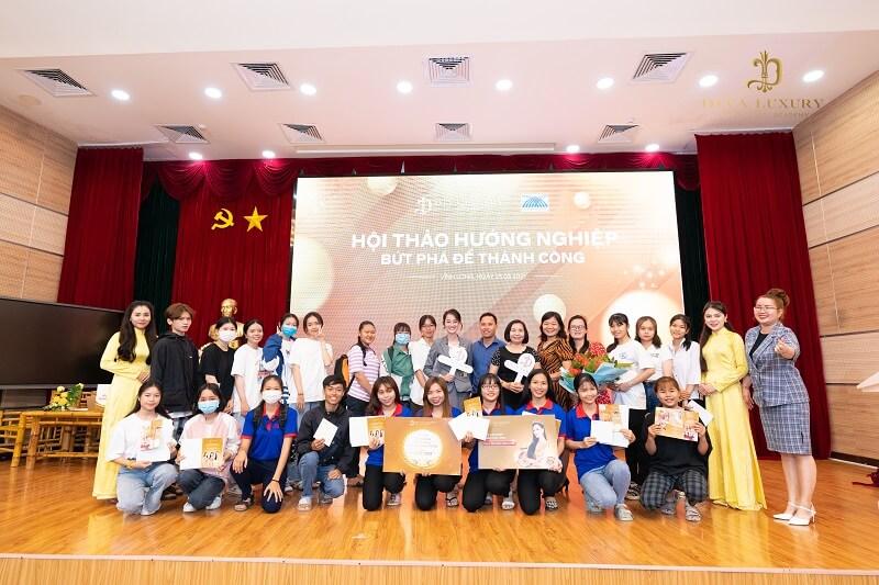 https://thammyquoctediva.net/wp-content/uploads/2021/03/huong-nghiep-tai-dai-hoc-cuu-long-hoc-vien-diva-academy-8-400x400.jpg